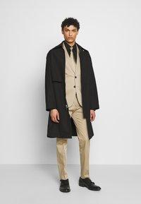 HUGO - ADD ON ASTIAN/HETS - Kostym - medium beige - 1