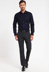 HUGO - ELISHA EXTRA SLIM FIT - Koszula biznesowa - open blue - 1