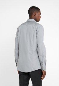 HUGO - ELISHA EXTRA SLIM FIT - Camisa elegante - open grey - 2