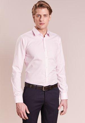 ELISHA EXTRA SLIM FIT - Finskjorte - rosa