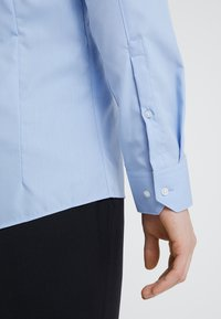 HUGO - ELISHA EXTRA SLIM FIT - Camicia elegante - light blue - 5