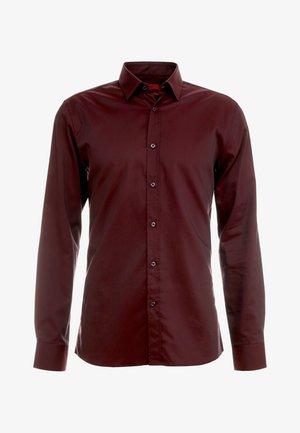 ELISHA EXTRA SLIM FIT - Formální košile - red