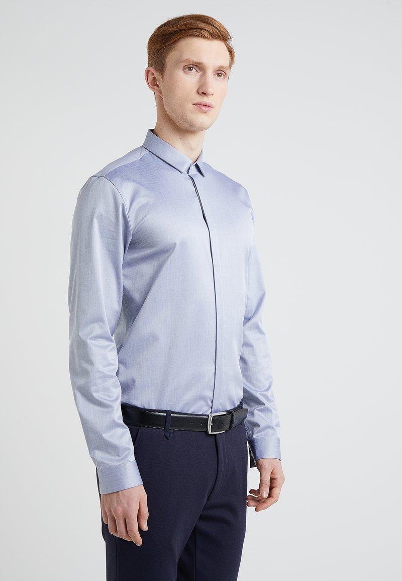 HUGO - ETRAN SLIM FIT - Formal shirt - navy