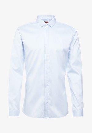 ETRAN SLIM FIT - Finskjorte - pastel blue