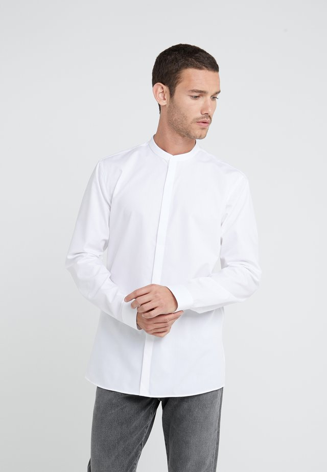 ENRIQUE EXTRA SLIM FIT - Formal shirt - open white
