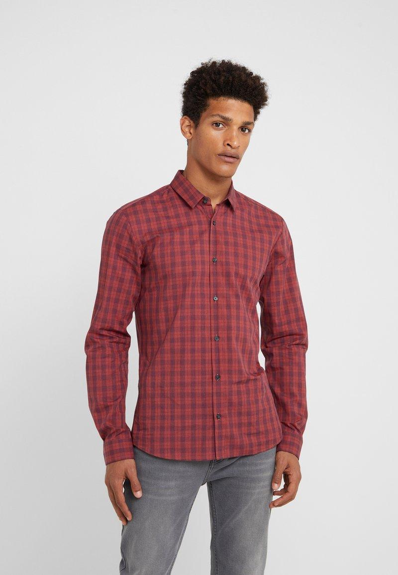 HUGO - ERO EXTRA SLIM FIT - Shirt - dark orange