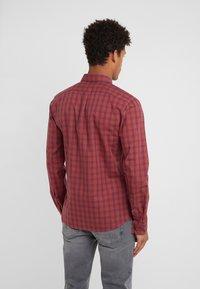 HUGO - ERO EXTRA SLIM FIT - Shirt - dark orange - 2