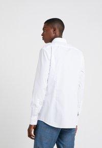 HUGO - KERY SLIM FIT - Formal shirt - open white - 2