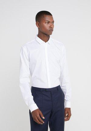 EJINAR EXTRA SLIM FIT - Business skjorter - white