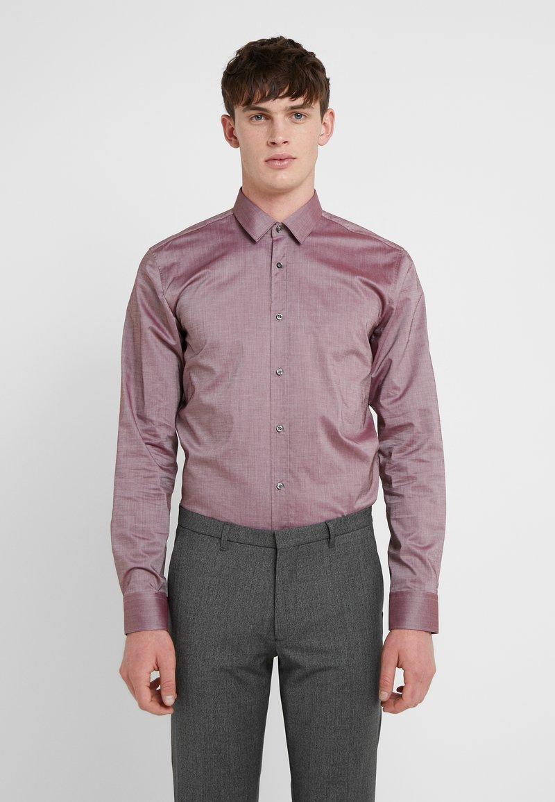 HUGO - ELISHA EXTRA SLIM FIT - Koszula biznesowa - dark red