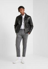 HUGO - ERRIK SLIM FIT - Camicia elegante - open white - 1