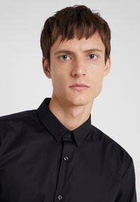 HUGO - ERO EXTRA SLIM FIT - Camisa elegante - black - 3