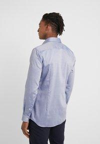 HUGO - KOEY SLIM FIT - Koszula biznesowa - medium blue - 2