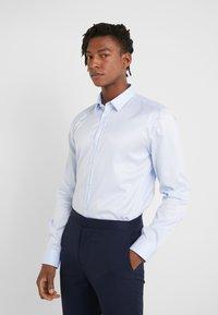 HUGO - ELISHA SLIM FIT - Formální košile - light/pastel blue - 0