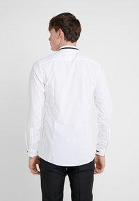 HUGO - ELOY EXTRA SLIM FIT - Camicia - open white - 2