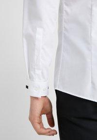 HUGO - ELOY EXTRA SLIM FIT - Camicia - open white - 3