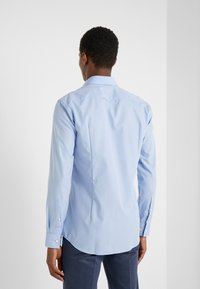 HUGO - KERY SLIM FIT - Formal shirt - light pastel blue - 2