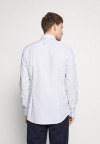 HUGO - KOEY SLIM FIT - Business skjorter - light pastel blue - 2