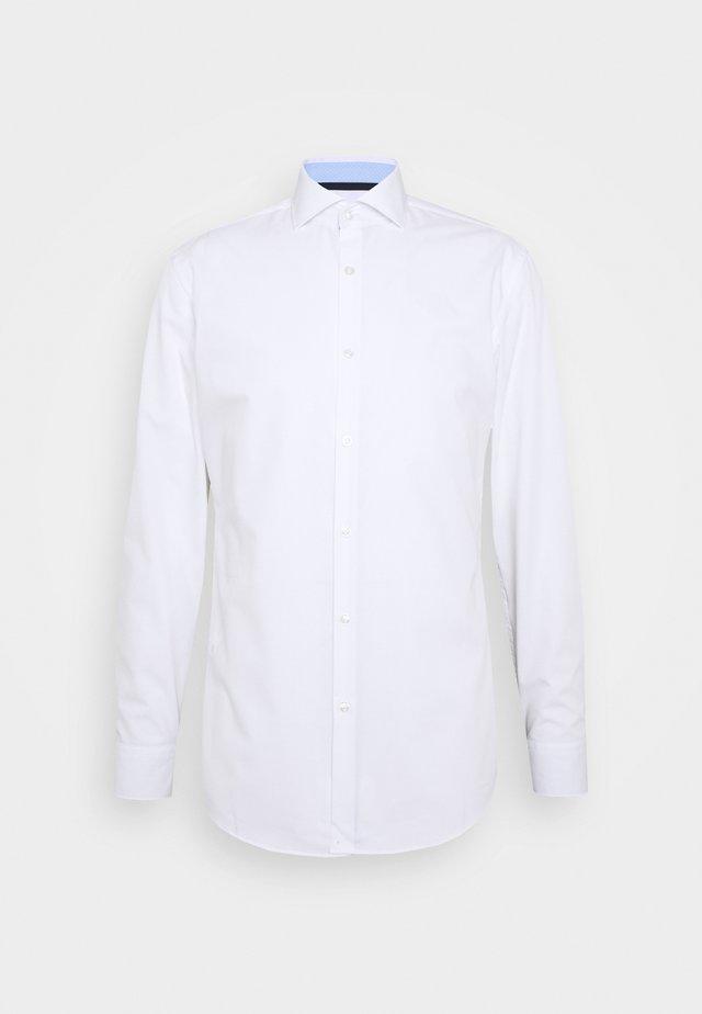 KERY SLIM FIT - Businesshemd - open white