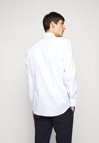 HUGO - KOEY - Camicia elegante - open white - 2