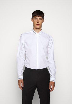 ETRAN - Camicia elegante - open white