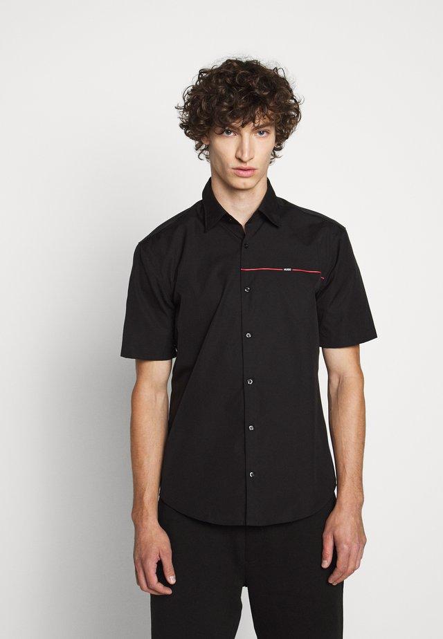 ERMINO - Camisa - black
