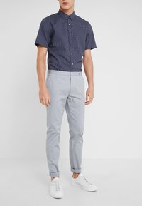HUGO - HELDOR - Pantaloni - medium grey - 0