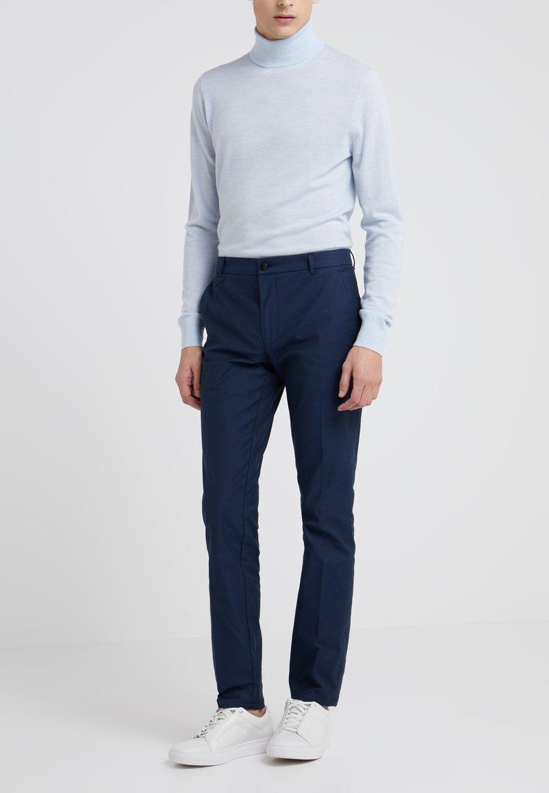 HUGO - HELDOR - Spodnie materiałowe - dark blue