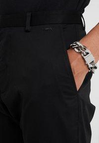 HUGO - GLEN - Chino kalhoty - black - 3