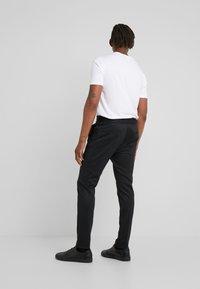 HUGO - ZENNET - Kalhoty - black - 2