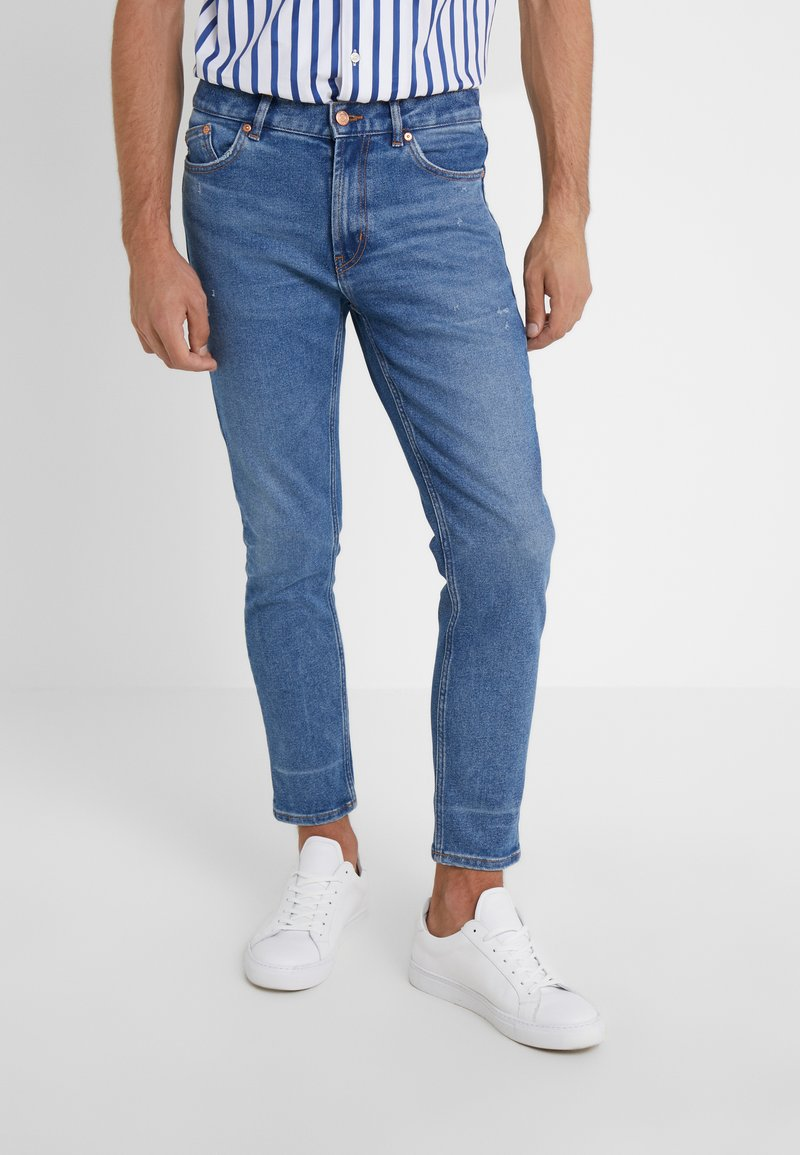 HUGO - Jeans Tapered Fit - blue