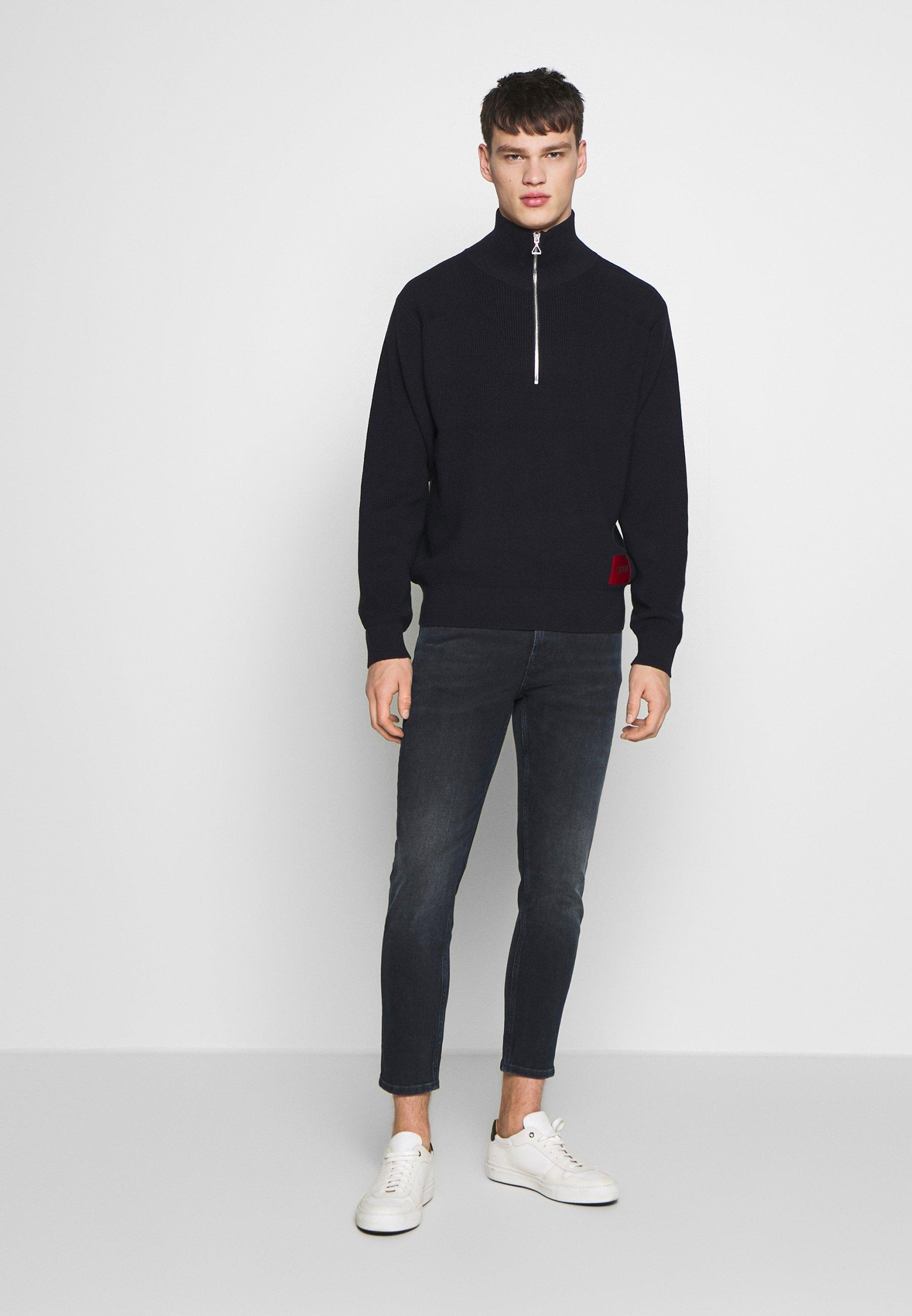 Hugo Jeans Tapered Fit - Dark Blue