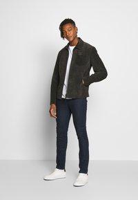 HUGO - Jeans slim fit - dark blue - 1