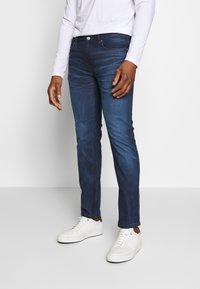 HUGO - Slim fit jeans - navy - 0