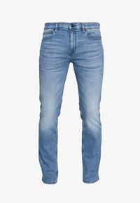 HUGO - Slim fit jeans - bright blue - 4
