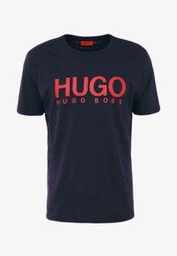 HUGO - DOLIVE - T-shirt imprimé - navy - 3