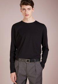 HUGO - DEROL - Long sleeved top - black - 0