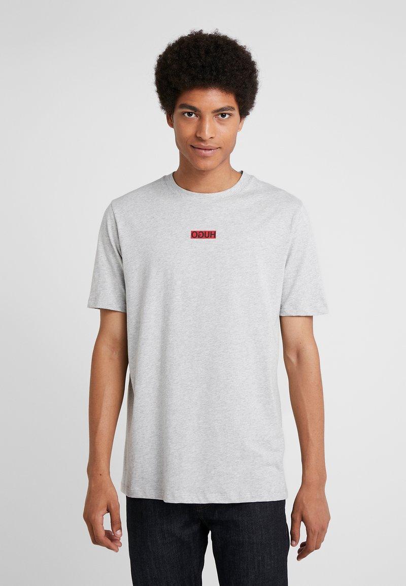 HUGO - DURNED - T-shirt print - open grey