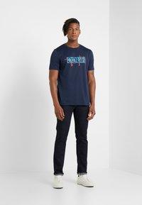 HUGO - DICAGOLINO - T-shirt print - dark blue - 1