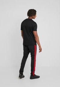 HUGO - DURNED - Print T-shirt - black - 2