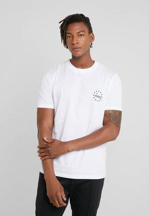 DAUBER  - Print T-shirt - white