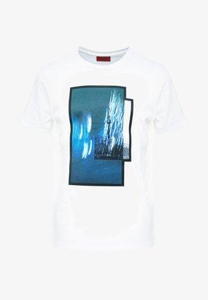 DINGE  - T-shirt imprimé - white