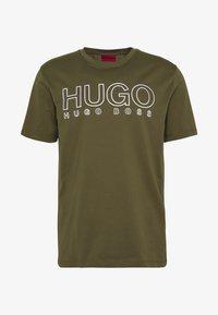 HUGO - DOLIVE - T-Shirt print - khaki - 4