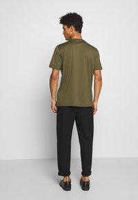 HUGO - DOLIVE - T-Shirt print - khaki - 2