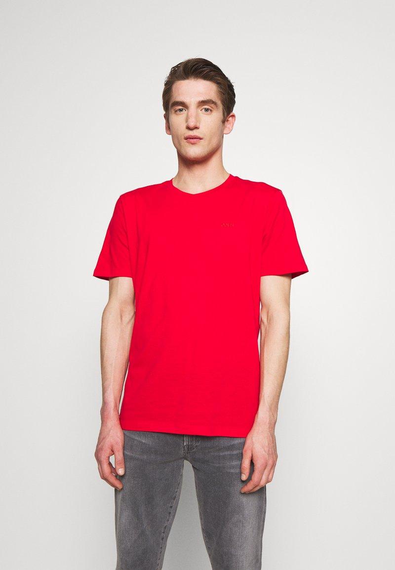 HUGO - DERO - Jednoduché triko - open pink