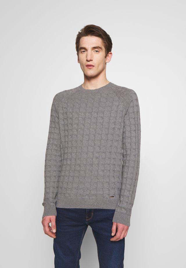 SLOTO - Pullover - open grey