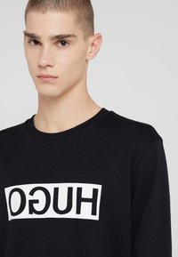 HUGO - DICAGO - Langarmshirt - black - 4