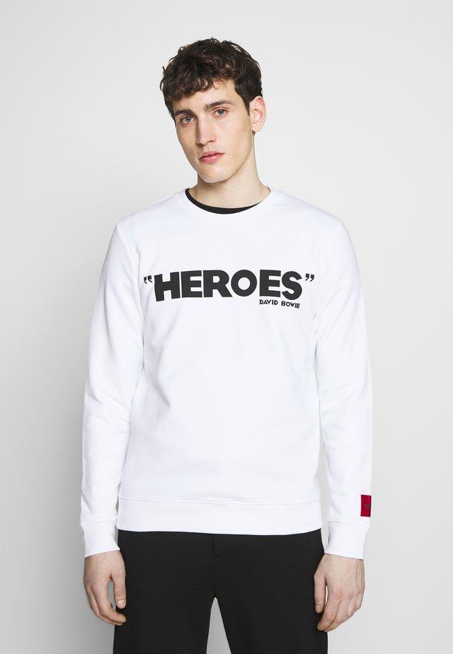 DEROES - Bluza - white