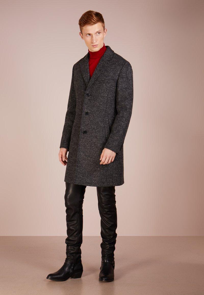 HUGO - MALTE - Frakker / klassisk frakker - dark grey
