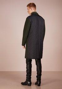 HUGO - MALOX - Zimní kabát - dark green - 2